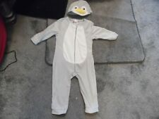 NEW UNUSED GREY SOFT STRETCH ZIP UP 12 /18 MTHS PENGUIN ALL IN ONE + HAT FACE
