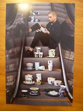 POSTCARD / ADVERTISING CARD...IKEA...STUNSIG COLLECTION 2017....ESCALATOR...CUPS