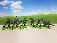 Britains Deetail WW2 German Infantry set of 6 (lot 2851)