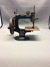 New ListingVintage Singer Miniature Hand Crank Sewing Machine Black. Original.