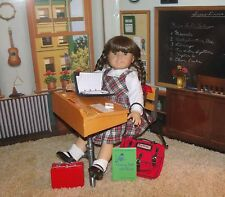American Girl Molly SCHOOL Bag Supplies Lunch Desk Outfit PLEASANT ~ MUST READ !