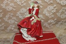 Royal Doulton Figurine - Top o' the Hill 1937