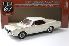 1:18 Highway 61 oldsmobile 442 Coupe 1967 beige/White New en Premium-modelcars