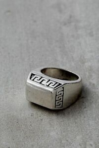 BNWT Urban Outfitters Mens Silver Roman Signet Ring Rectangle Size LARGE RRP £14