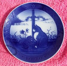 """1970 Royal Copenhagen Christmas Plate - """"Christmas Rose with a Cat"""""""