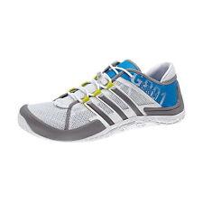 Schuhe & Stiefel