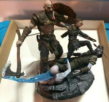 God of War PS4 Collector's Edition Statue Kratos and Atreus Sony 2017