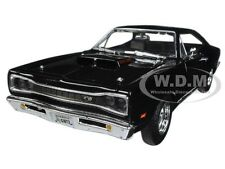 1969 DODGE CORONET SUPER BEE BLACK 1:24 DIECAST MODEL CAR BY MOTORMAX 73315