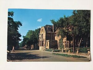 BOURTON On The WATER, The Old New Inn, Surrey, 1966 Vintage Postcard,  1623
