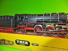 TRIX EXPRESS H0 2204 BR01 001 Dampflok
