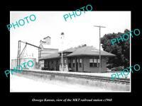 OLD LARGE HISTORIC PHOTO OF OSWEGO KANSAS, THE MKT RAILROAD STATION c1960