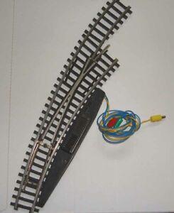 Märklin HO:  2267  K-Gleis  elektr. Bogenweiche, rechts