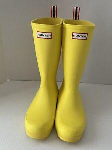 Hunter Original Play Boot Tall Wellington Yellow Rainboots Women's US 7 UK 5