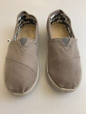 Toms Youth Ash Gray Slip On Loafers Size 1