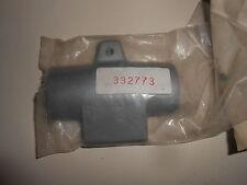 332773 NEW GENUINE JOHNSON EVINRUDE CLAMP 0332773 Inventory B8-2