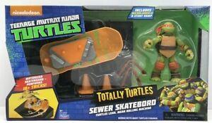 Teenage Mutant Ninja Turtle SEWER SKATEBOARD 10+ Tricks STUNT RAMP MIKEY Figure