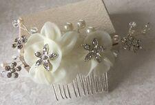 Diamanté Pearl Ivory Fabric Flowers Wedding Bridal Festival Comb Accessories