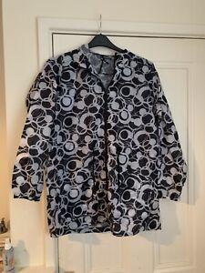Size 12/14 Ladies Cagoule/ Rain Coat