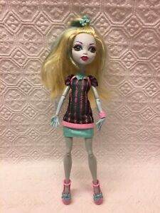 Monster High Lagoona Blue Scaris City of Freights Doll No Leg Fins