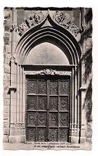 fréjus porte de la cathédrale et ses magnifiques  vantaux renaissance