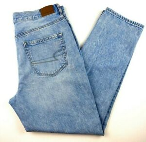American Eagle Women's Jeans Size 8 Mom Jean Distressed Light Wash Blue Denim