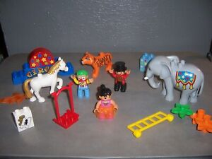 Lego Duplo Circus Lot people and animals