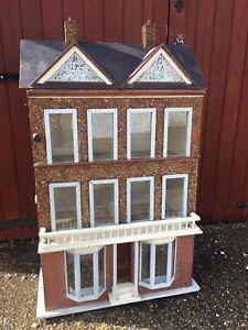 Antique Edwaridan Doll House 1909