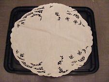 New Sferra White Linen Placemat, Doily, Table Runner/Floral Embroidery & Cutouts