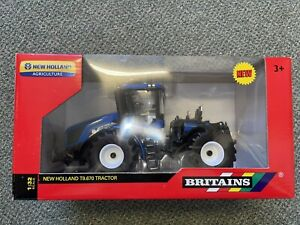 42628 1/32 Britains New Holland T9.670  - Damaged