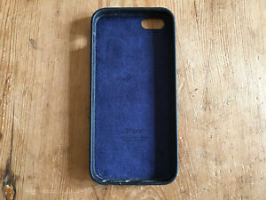 Used - Mobile Cover Apple - Plastic And Leather - Black Colour -