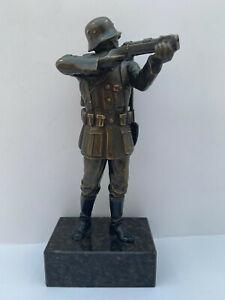 Statuette Soldat Wehrmacht Ausrüstung  Inf. Ersatz Btl. 352 Jarotschin Mai 1940