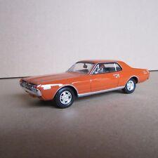 811 Mercury cougar 1968 Universal Hobbies 1:43