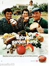 PUBLICITE ADVERTISING 115  1972  le fromage Babybel  garden-party