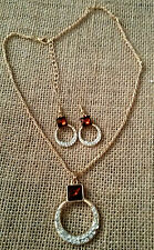 NWOT - JC PENNEY GOLD TONE  NECKLACE WITH EARRINGS - SET of 2