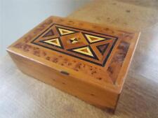 Hermosa madera con incrustaciones de marquetería parqué de madera joyería caja de la baratija
