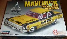 LINDBERG 72174 1964 DODGE 330 BILL MAVERICK SS Model Car Mountain KIT FS NHRA