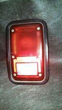 PASSENGER RIGHT TAIL LIGHT W/BEZEL FITS 83-93 DODGE 150 VAN 71732