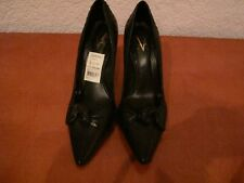 VINCE CAMUTO BLACK LEATHER CLASSIC PUMP HEELS W/BOW SIZE 40/10M