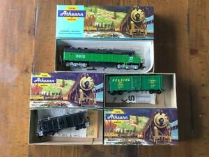 Lot of 3 Vintage Athearn HO Scale trains w boxes and Instructions