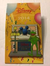 Disney Pin Kermit The Frog Muppets Chase Visa Card 2014 Exclusive NEW on card!