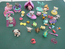 Littlest Pet Shop Lot 0f 21 Animals accessories buggy bed ect Horses Cats dogs +