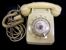 TELEPHONE A CADRAN VINTAGE S63 SOCOTEL