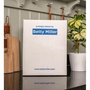 Betty Millers Grain-Free Duck and Orange Bones 7.5kg - 261390