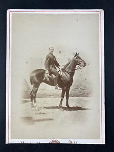 Cavalier à identifier Vintage print. Carte cabinet  Tirage albuminé  10x15