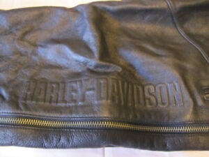 HARLEY DAVIDSON  BLACK LEATHER CHAPS ZIPPERS & SNAPS SIZE MED