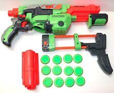 NERF VORTEX PRAXIS FOAM DISC BLASTER GUN WITH DISC & SHOULDER SHOCK ATTACHMENT