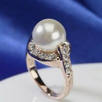 18K Rose Gold Plated Made With Genuine Swarovski Simulated Pearl Stunning Ring
