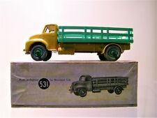 DINKY SUPERTOYS UK 531 LEYLAND COMET LORRY WITH STAKE BODY YELLOW/GREEN1949 1:43