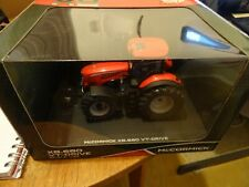 universal hobbies uh4982 McCormick X8.680 VT Drive tractor in dealer box