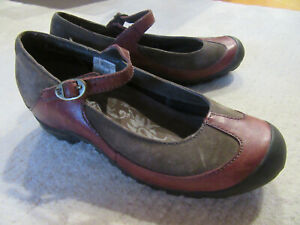 Merrell Plaza Mary Janes Shoes Women's Brown Leather - US Size 6
